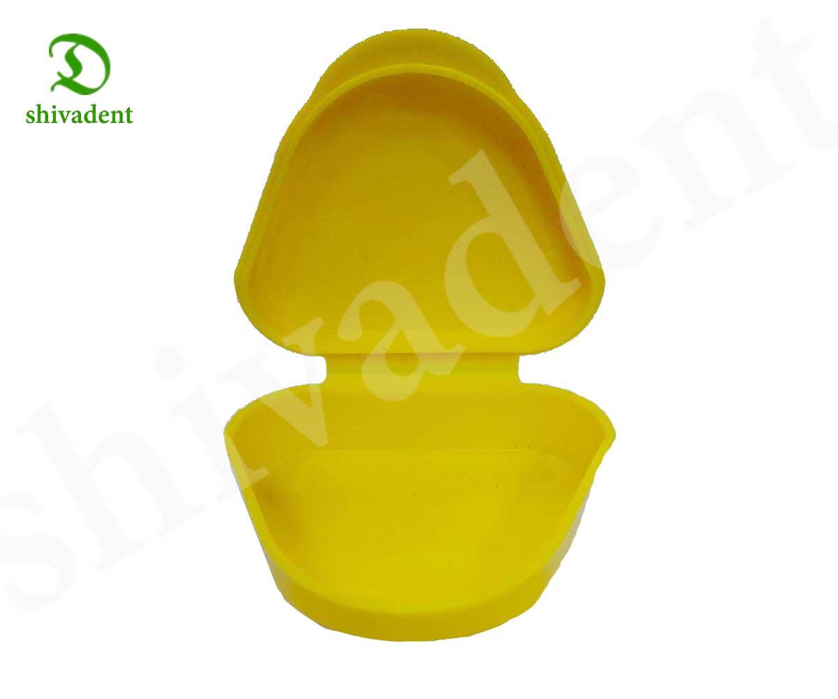 ظرف نگه دارنده پروتز متحرک(دست دندان)